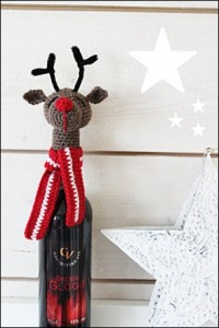 новогодний олень на бутылку